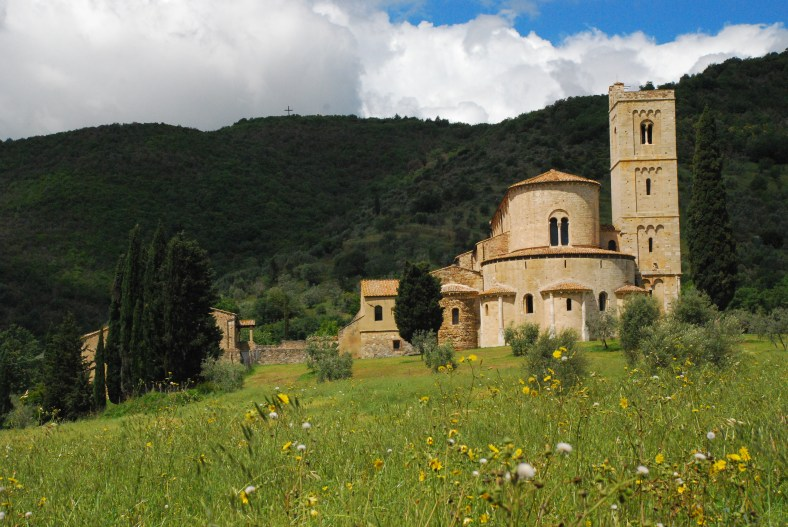 Tuscany, Val D'Orcia: Sant'Antimo abbey