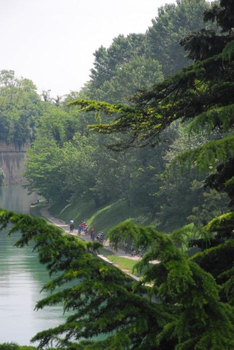 Garda lake - Peschiera - cycle path