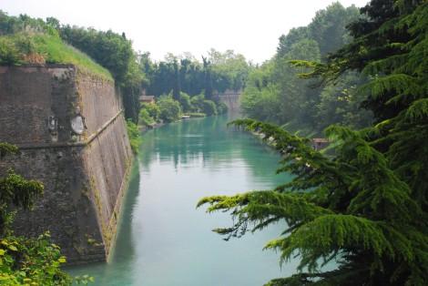 Garda lake - Peschiera - Mincio River