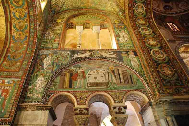 Visit Ravenna_San Vitale inside 6