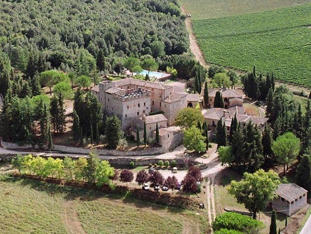 Castel Pietraio dall'alto