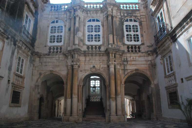 Siracusa_courtyard 2