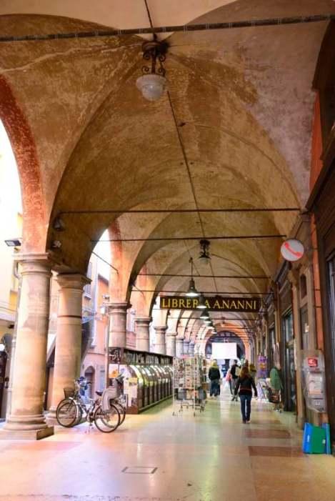 Visit Bologna_Portci1