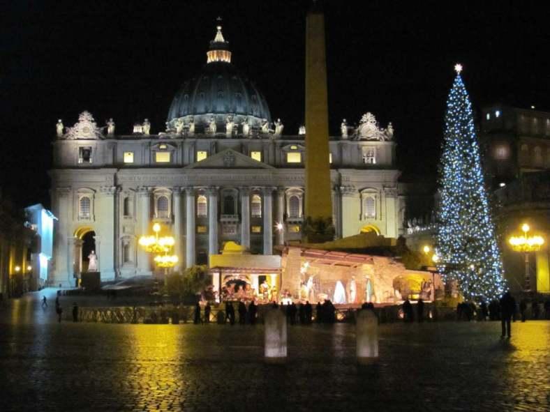 Visit Italy_Presepe San Pietro-1