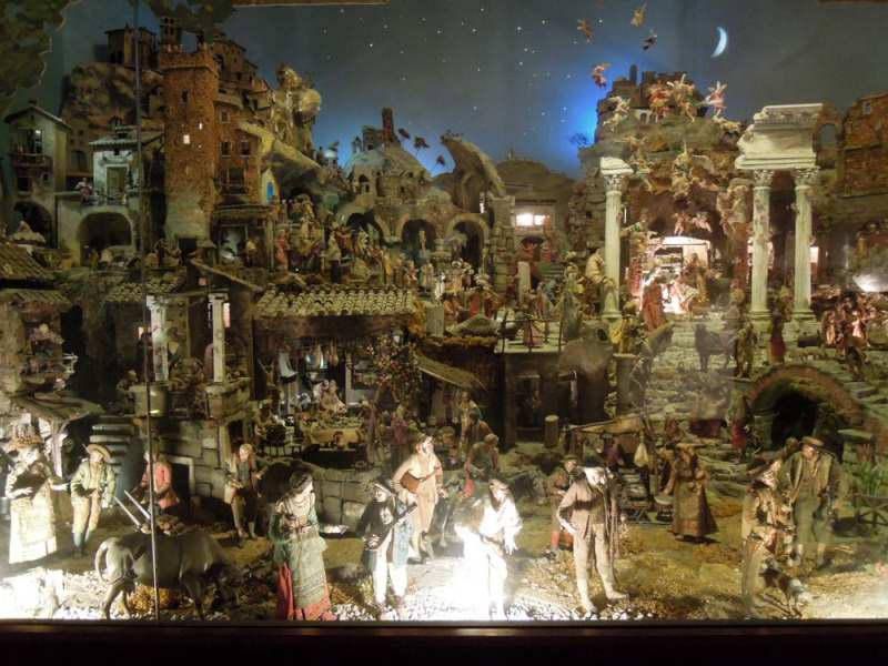 Best christmas nativity scenes in italy delightfully italy - Presepi da esterno idee ...