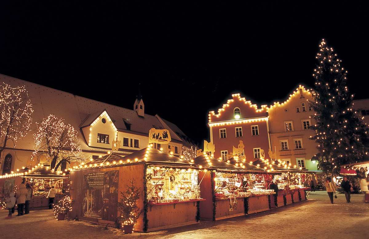 Outdoor Musical Christmas Lights