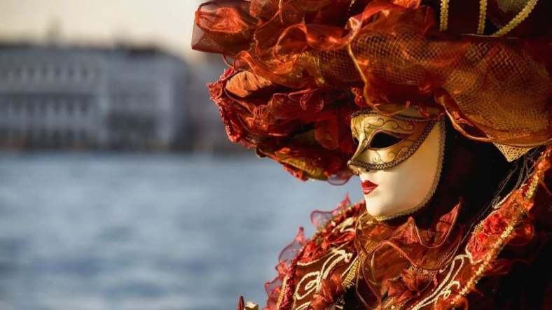 Delightfullyitaly_Carnival_Venice_14