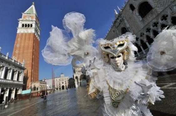 Delightfullyitaly_Carnival_Venice_2