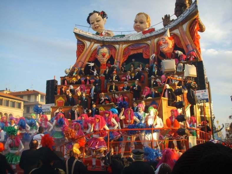 Delightfullyitaly_Carnival_Viareggio_3