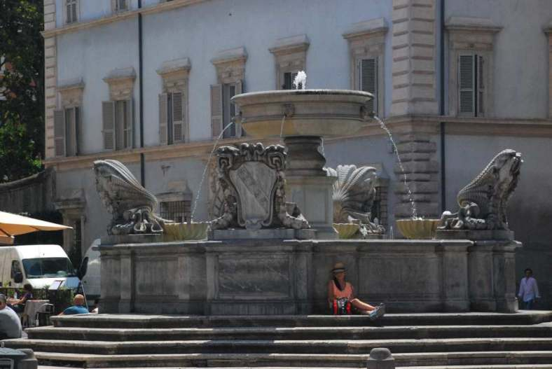 www.delightfullyitaly_Rome-Walk in Trastevere 17