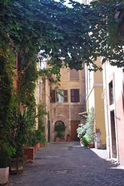 www.delightfullyitaly_Rome-Walk in Trastevere 21