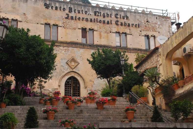 www.delightfullyitaly.com_Taormina_522