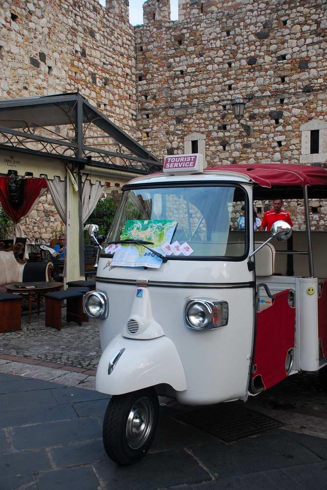 www.delightfullyitaly.com_Taormina_531