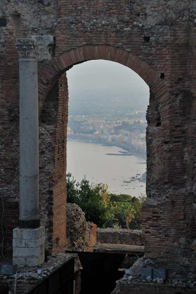 www.delightfullyitaly.com_Taormina_549