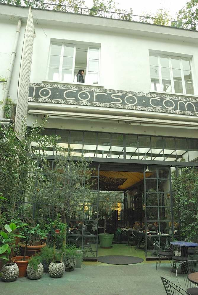 10 Corso Como inner entrance