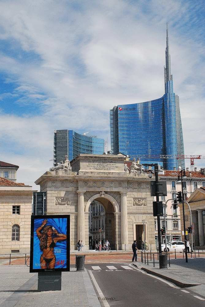 www.delightfullyitaly.com_walking tour Porta Nuova_210