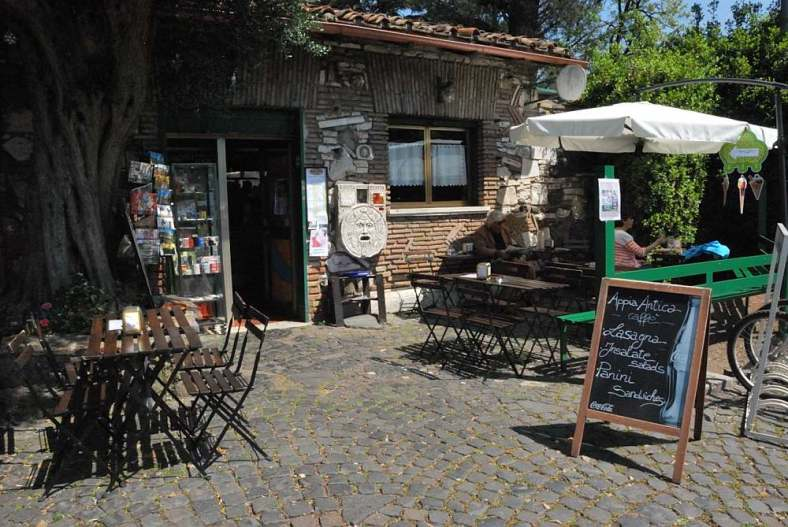 Delightfullyitaly.com_Appia antica_13