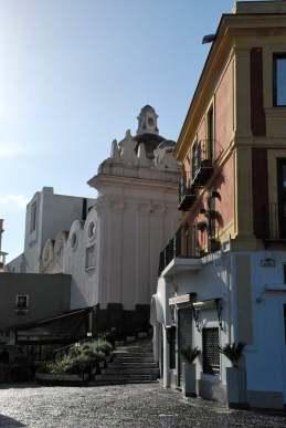 www.delightfullyitaly.com-Capri_Faraglioni walking tour_3