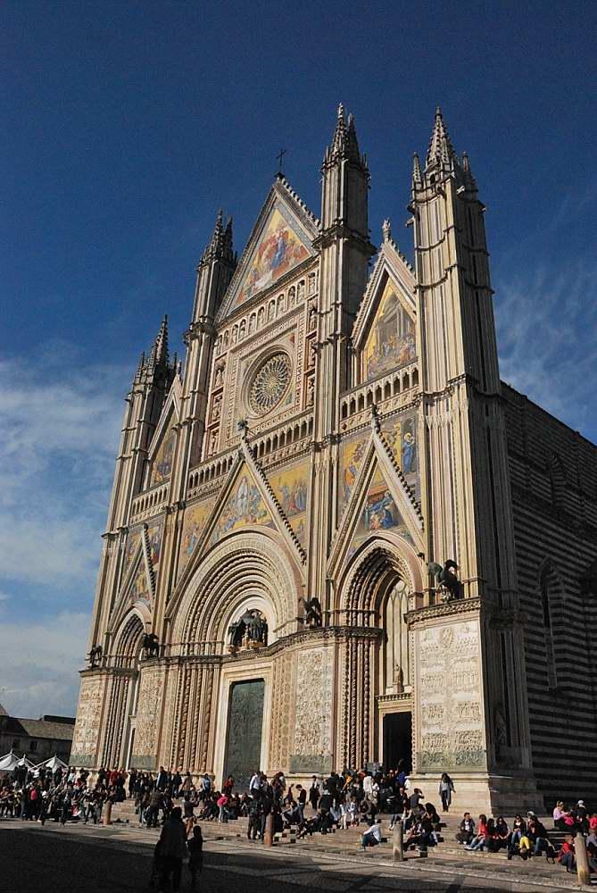 www.delightfullyitaly.com_Orvieto_1