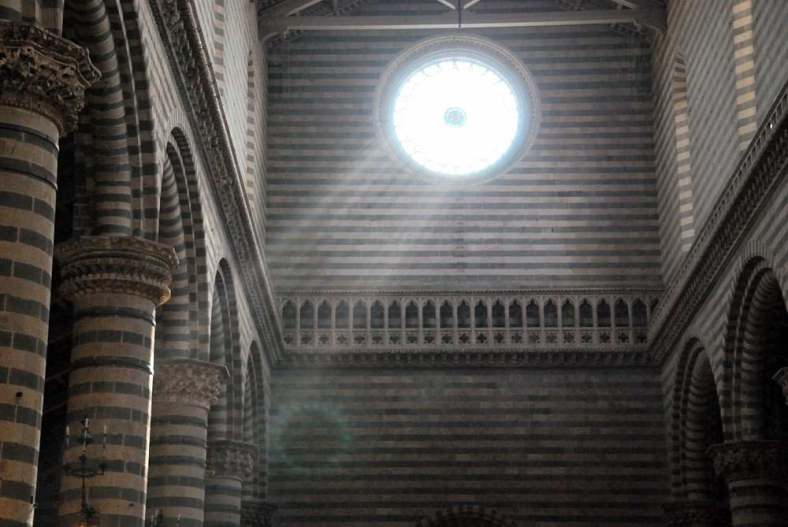 www.delightfullyitaly.com_Orvieto_Cathedral