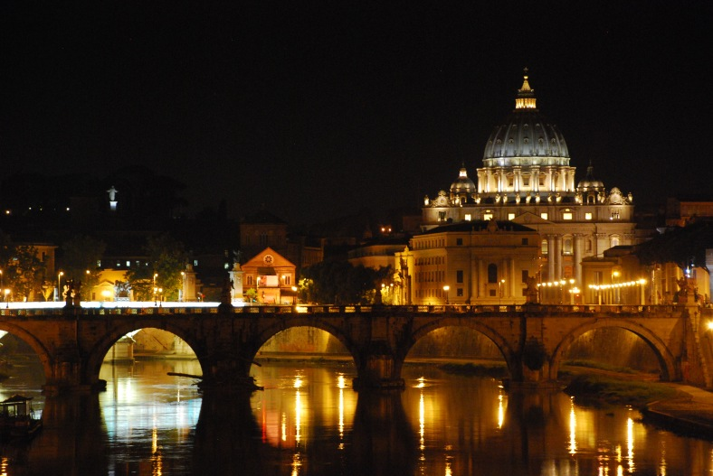 www.delightfullyitaly.com_St Peter's basilica_001