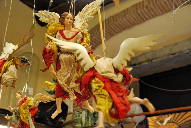 Delightfullyitaly.com_San Gregorio Armeno_027
