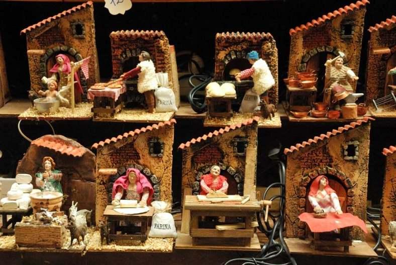 Delightfullyitaly.com_San Gregorio Armeno_032