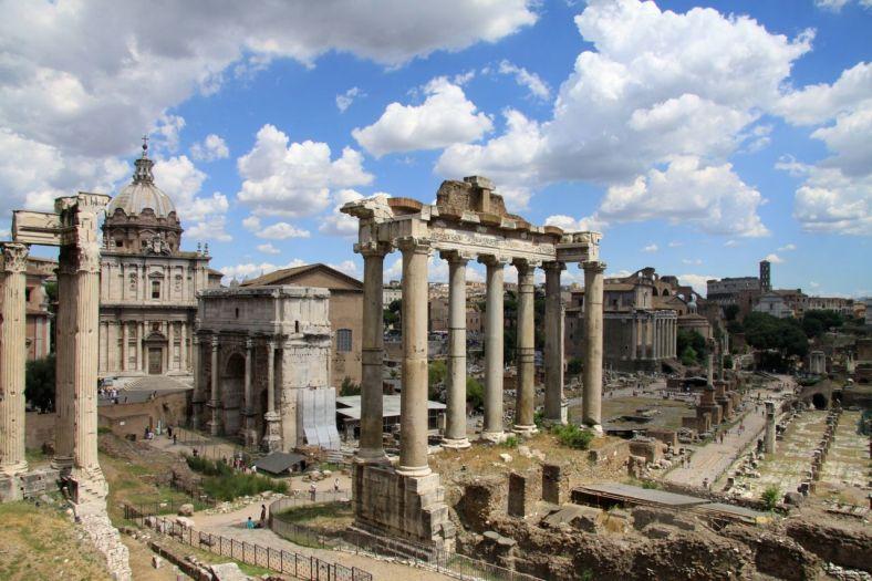 www.delightfullyitaly.com_roman forum