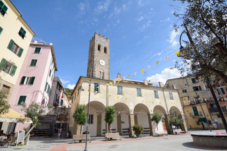 Monterosso_Cinqueterre_Delightfullyitaly.com_2