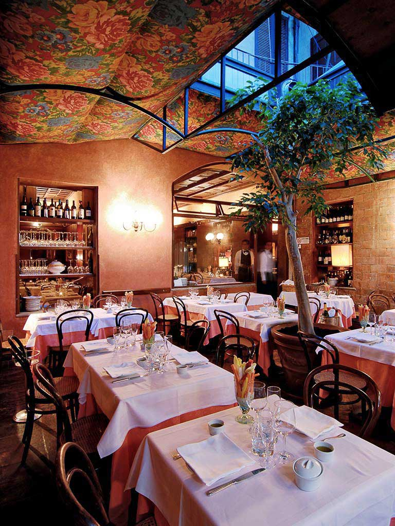 the ten best restaurants in milan plus one delightfully